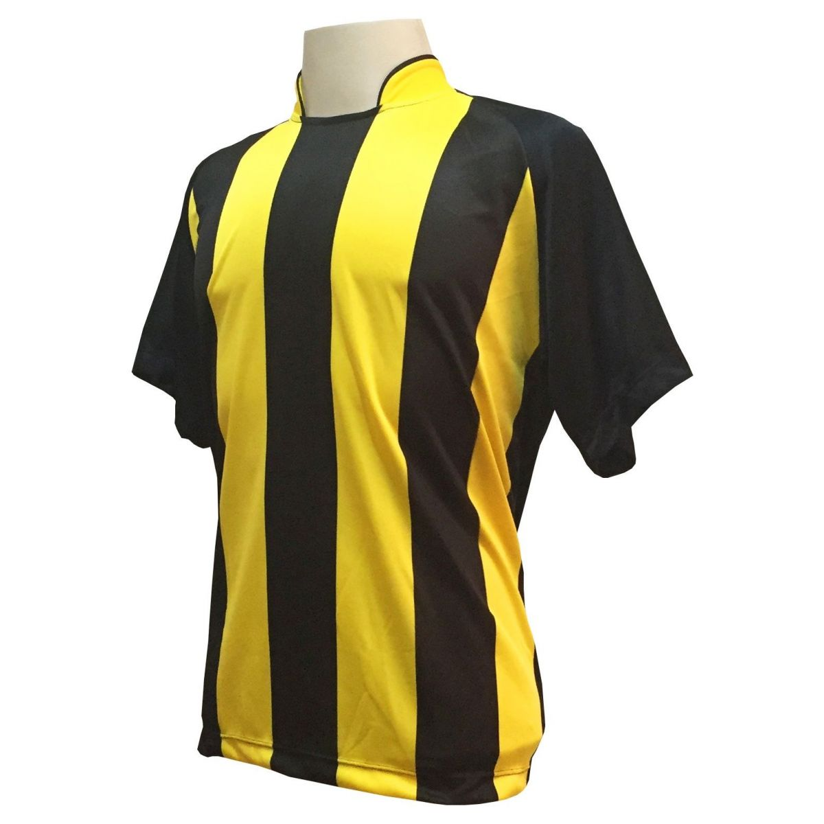 Fardamento Completo modelo Milan 20+2 (20 camisas Preto/Amarelo + 20 calções modelo Madrid Preto + 20 pares de meiões Amarelo + 2 conjuntos de goleiro) + Brindes