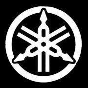 Adesivo Yamaha Logo Branco em Plotter - Unidade