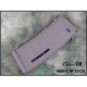 Magazine Hi-cap plástico M4/M16 300 BBs - cor: TAN (munição)