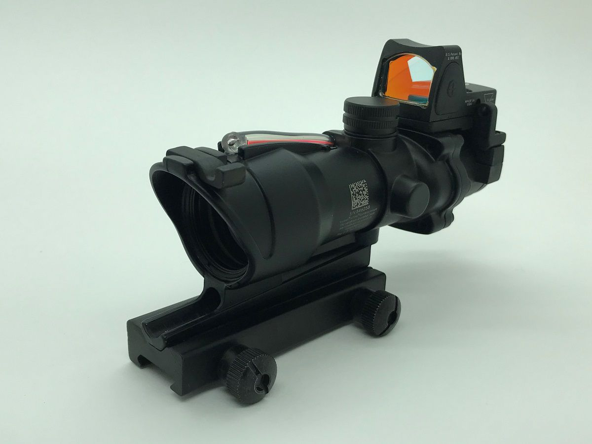 ACOG 4 x com Micro Dot (Red) - BK