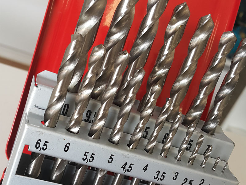 Jogo de Brocas Aço Rápido 1 a 10mm - 19 Peças - Rocast Perfection  - Rei da Borracha