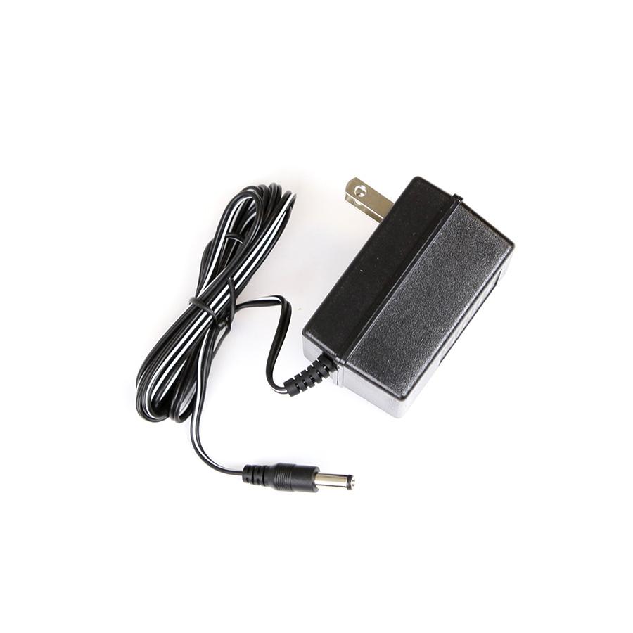 Carregador de baterias NiCad Minelab 110V para Excalibur  - Fortuna Detectores de Metais