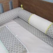 Kit 4 rolos berço montessoriano - colmeia cinza/amarelo