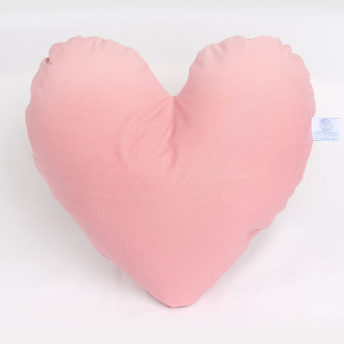 Almofada formato de coração   - Gatinhando Quarto dos Sonhos