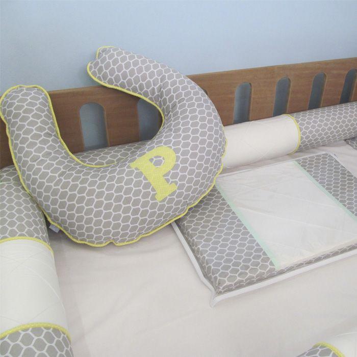 Kit 4 rolos berço montessoriano - colmeia cinza/amarelo  - Gatinhando Quarto dos Sonhos