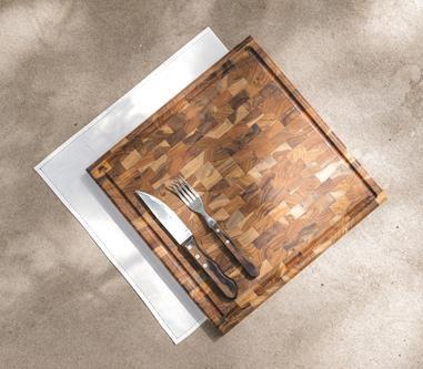 Tábua para Churrasco em Madeira Teca 37 x 37 cm