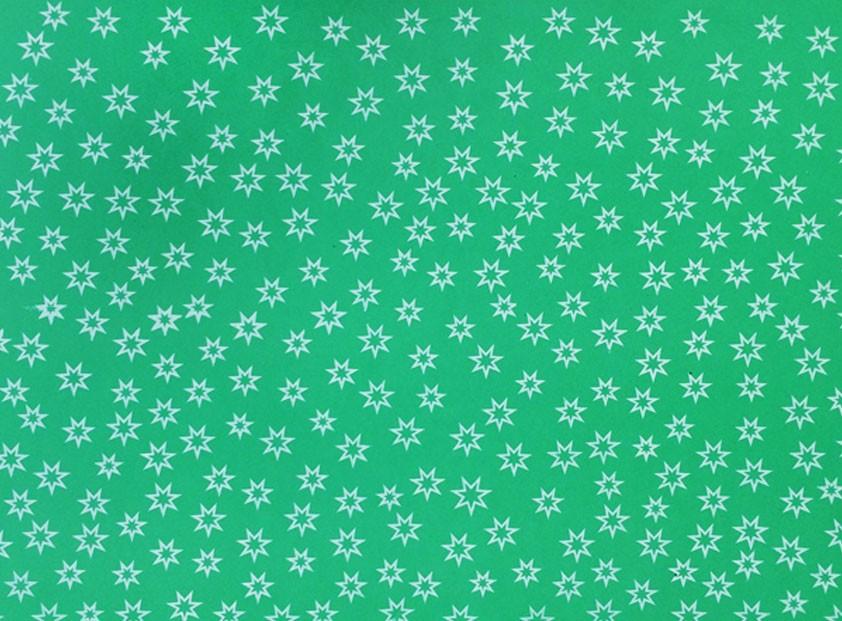 Placa Estrela Vazada Branca Fundo Verde Limão 40x60cm  -