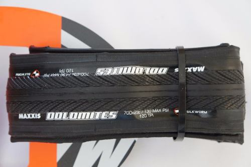 Pneu Speed Maxxis Dolomites 700x23 Preto Dobrável Em Kevlar