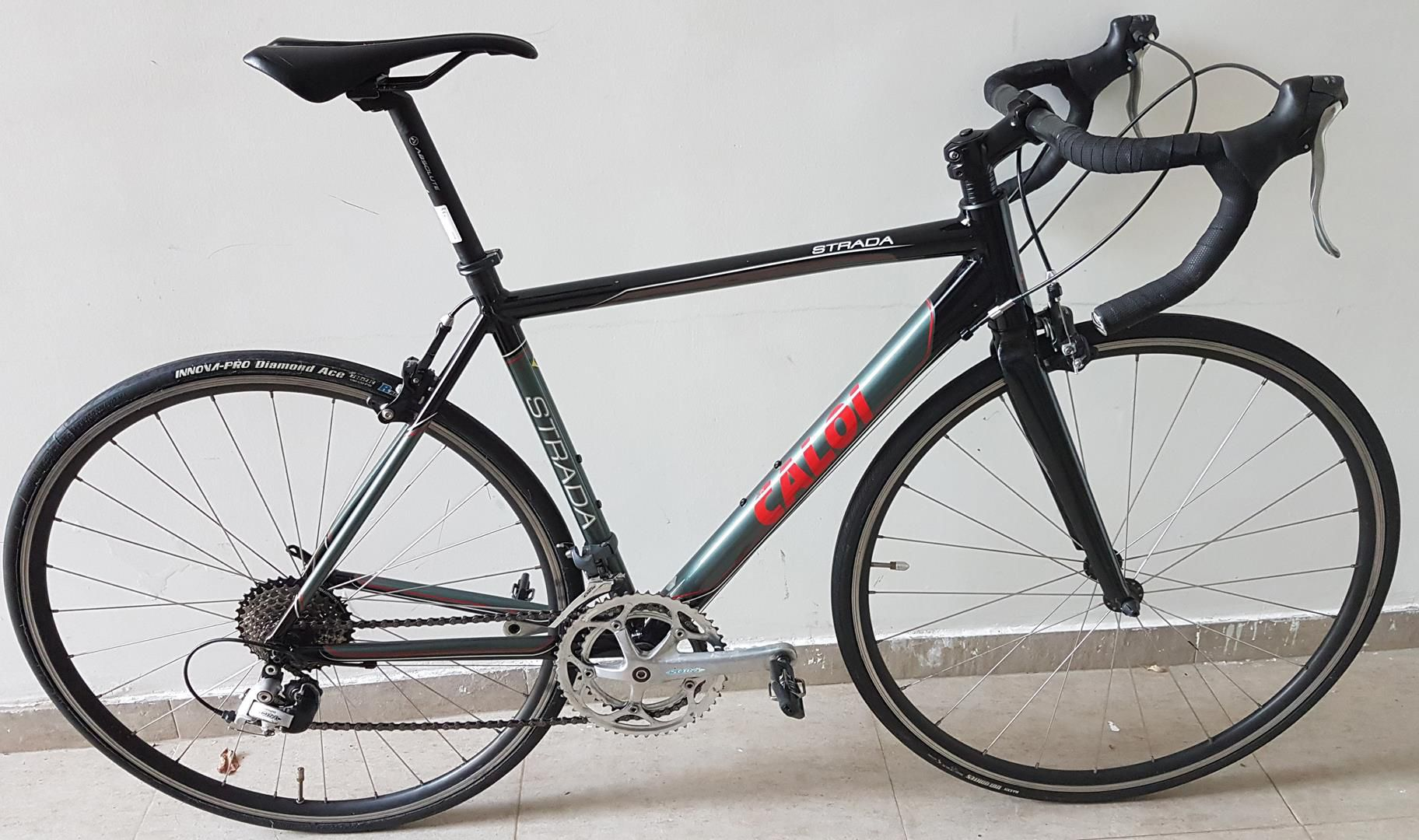 Bicicleta Speed 700 Caloi Strada Tamanho M Com Grupo Shimano Sora 8 velocidades  - USADO