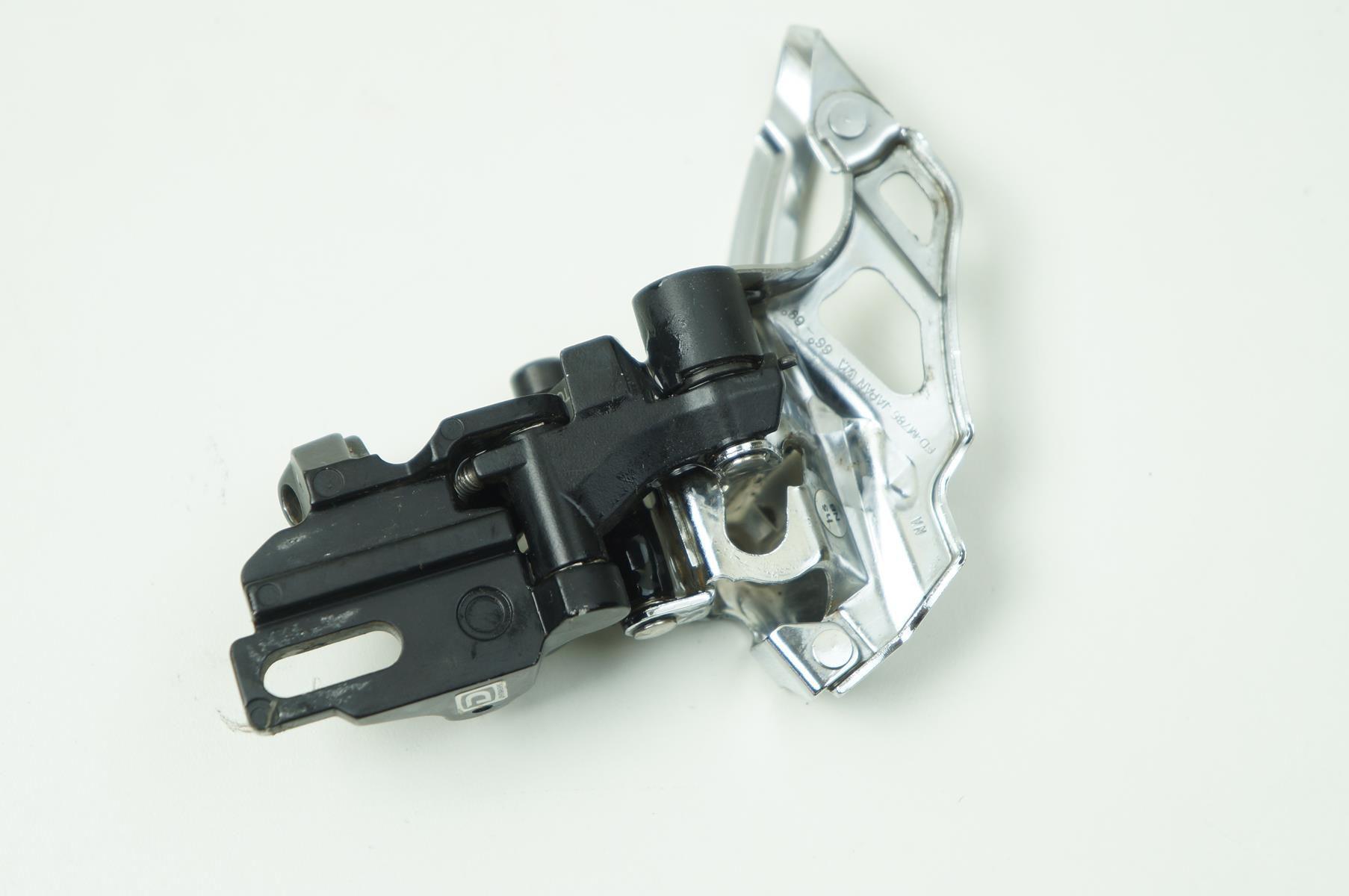 Cambio Dianteiro Shimano Deore XT M786 2x10 Direct Mount por 1 Parafuso Top Pull - USADO