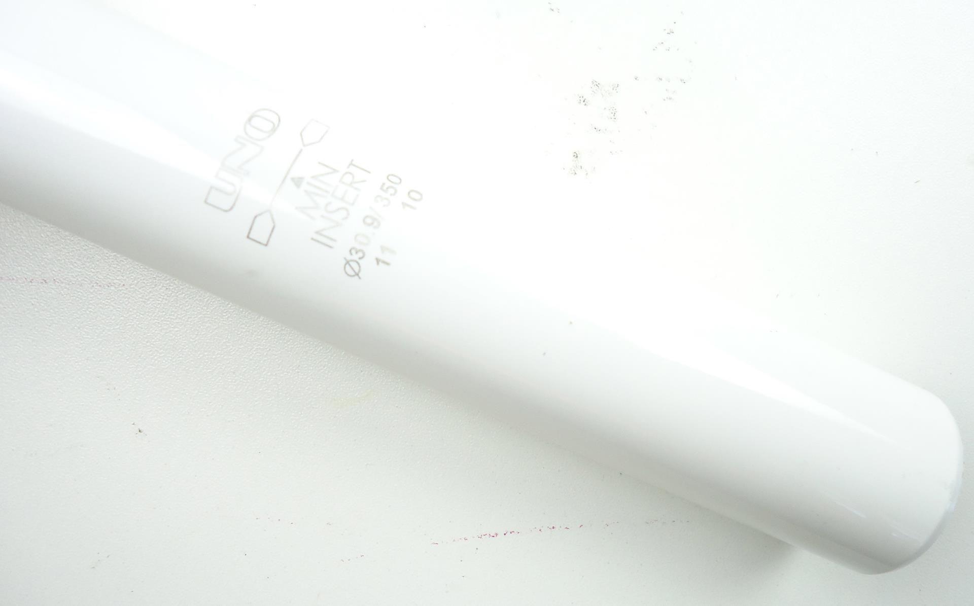 Canote de Selim Uno em Alumínio 30.9 x 350mm Branco com Setback