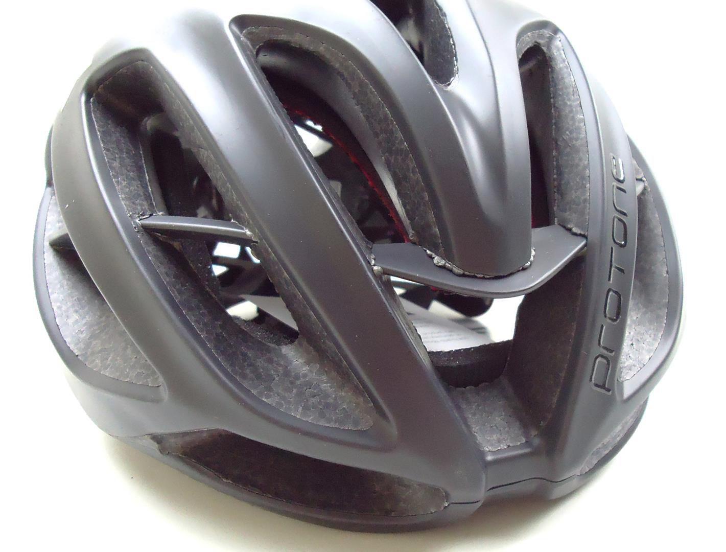 Capacete Bicicleta Protone Tamanho M ou G Cor Preto Fosco
