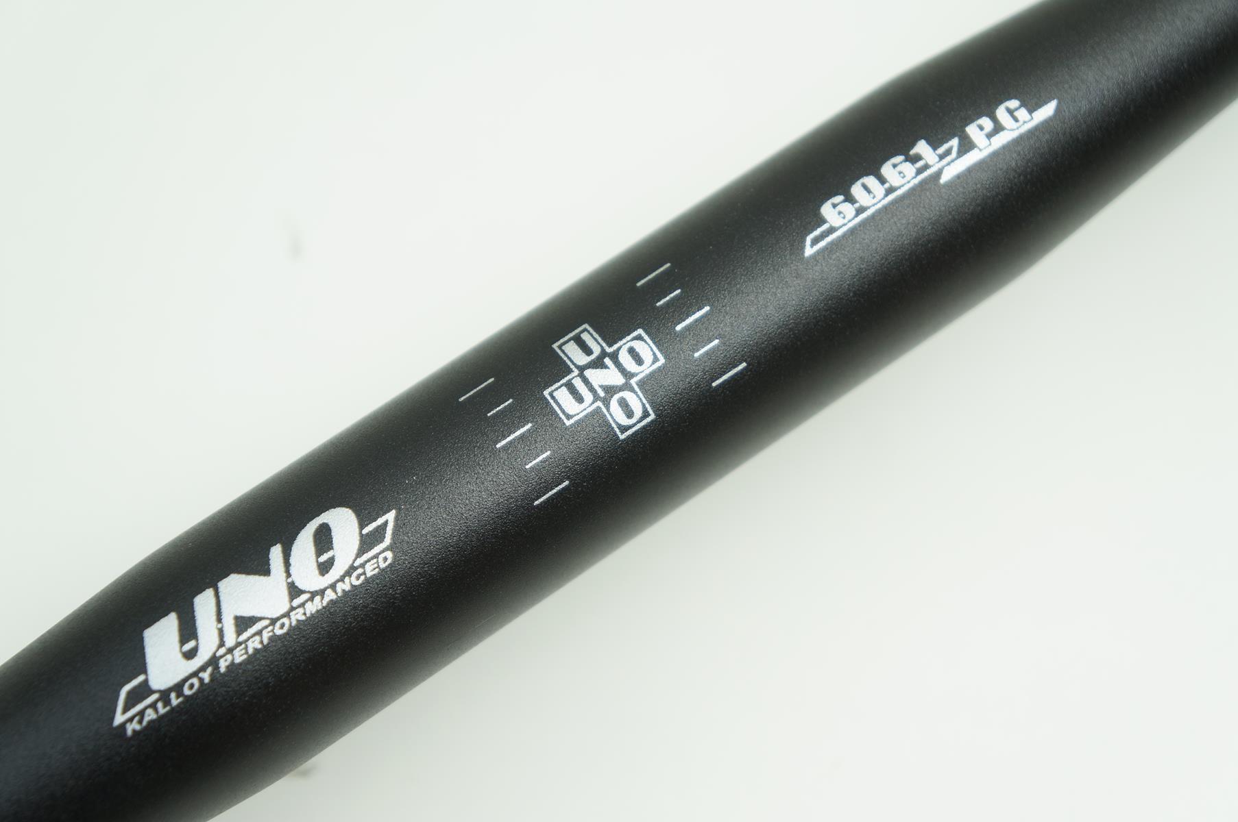 Guidão Bicicleta Speed Uno 420mm 31.8mm Preto em Alumínio 6061