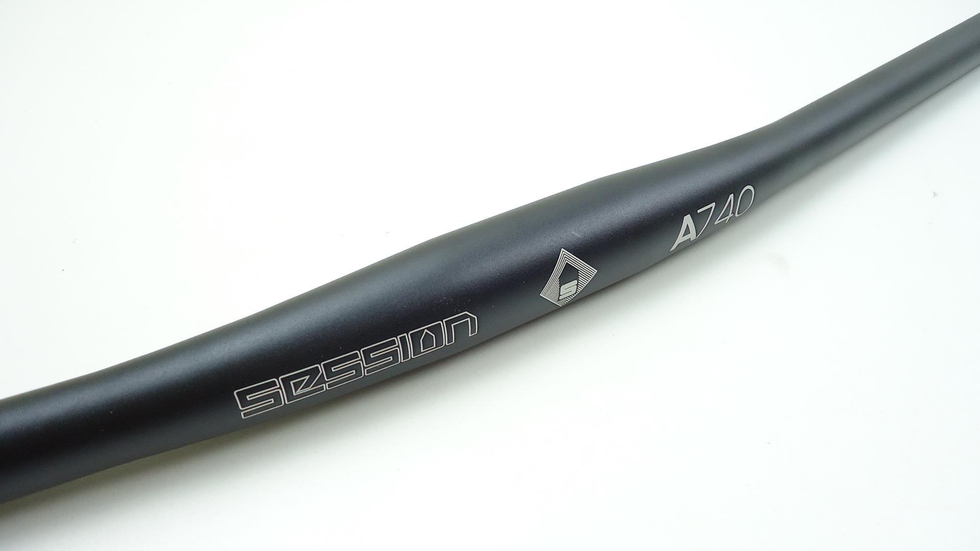 Guidão de Bicicleta MTB Session A740 740mm 31.8mm Reto em Aluminio