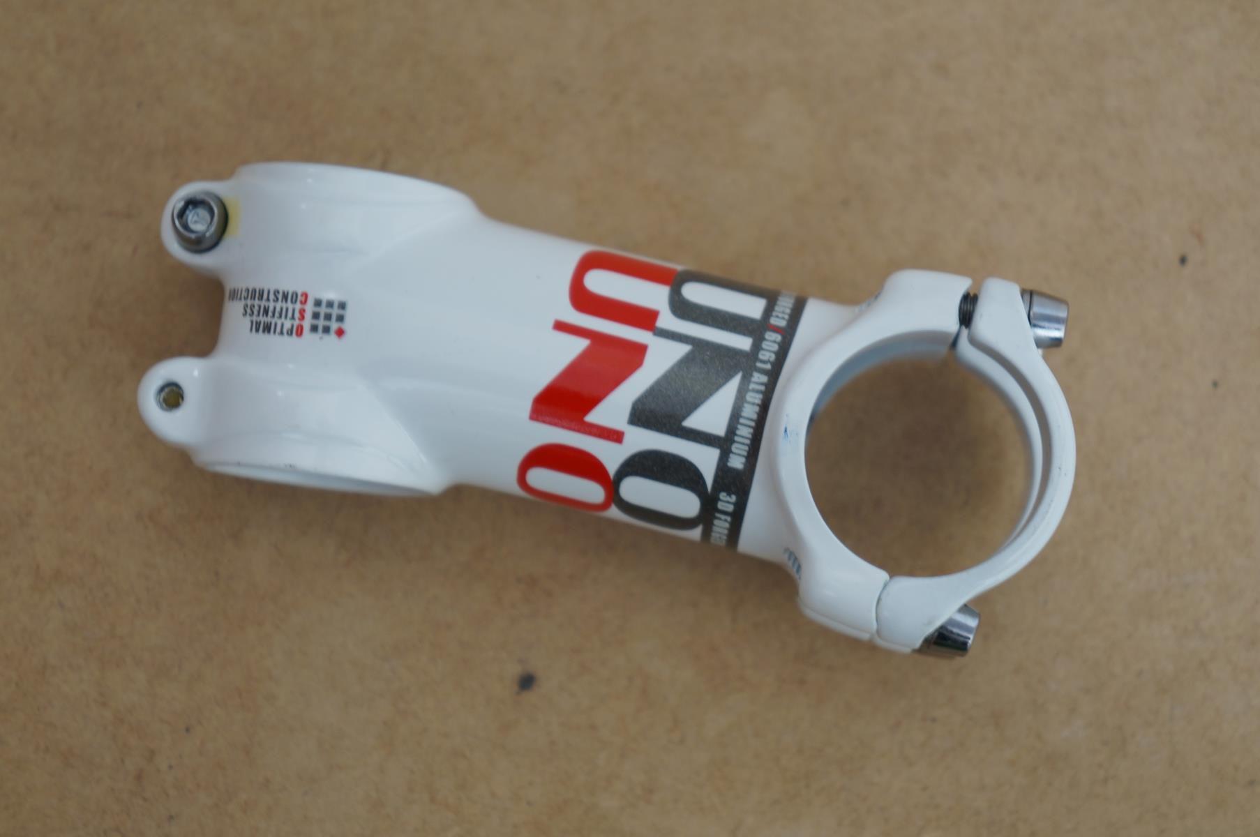 Mesa Bicicleta Uno AS025 31.8mm 7º graus Inclinação Branca Super Leve 95 gramas Várias Medidas
