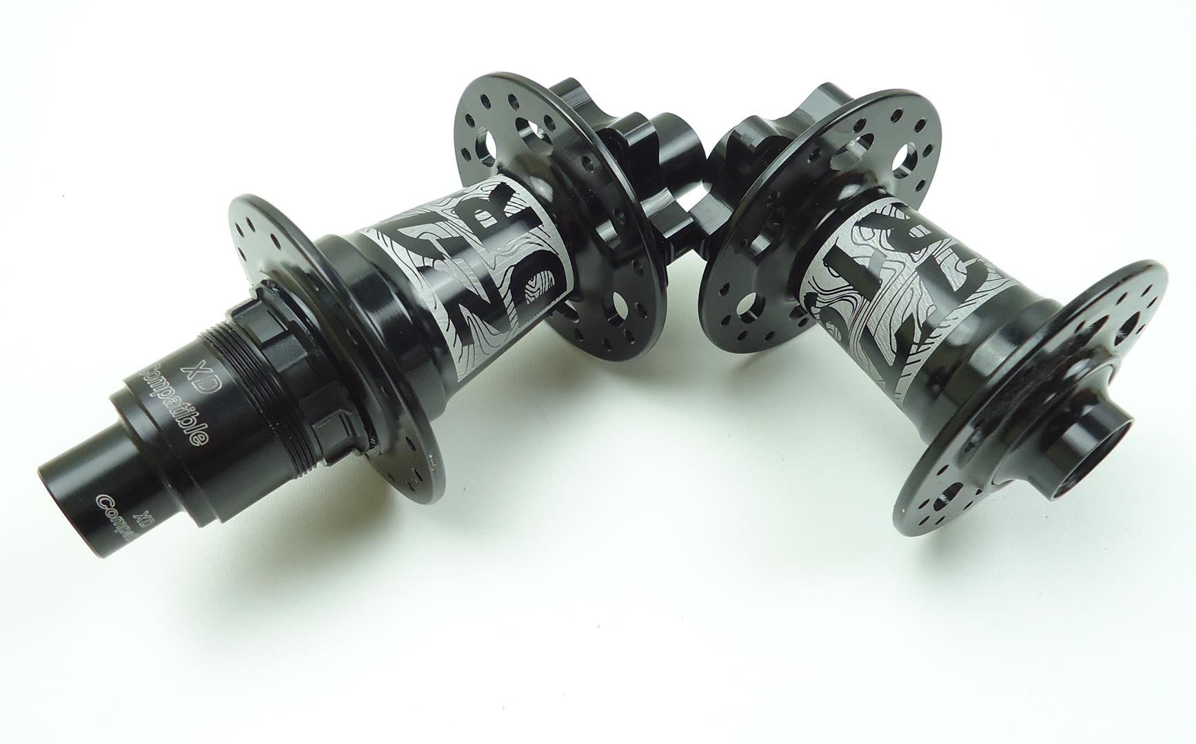 Par de Cubos ZTTO DR190 Sram XD 32 Furos Eixo Normal ou 142mm Sistema Ratchet Igual DT Swiss