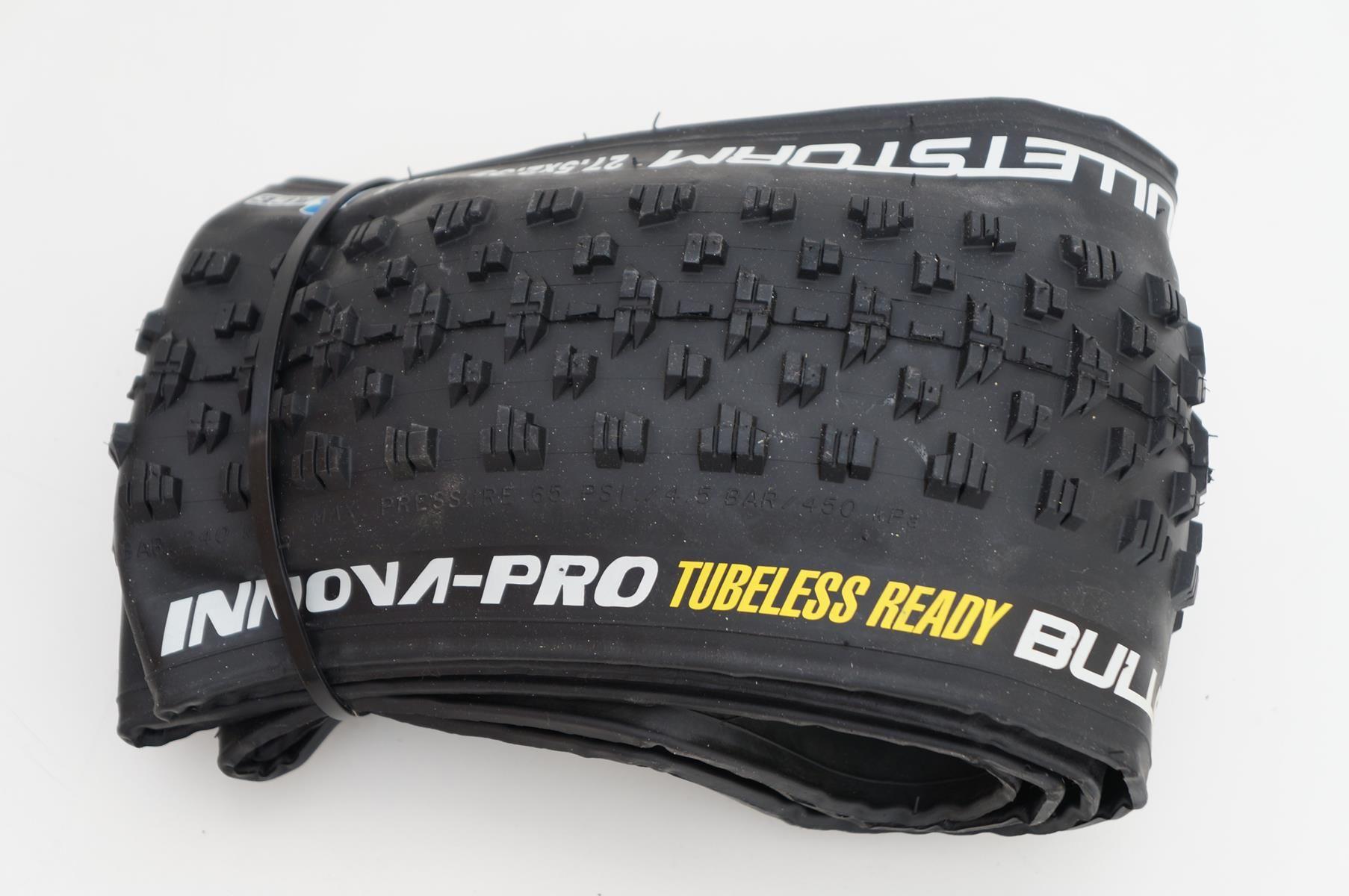 Pneu Innova Pro Bulletstorm 27.5 2.35 Tubeless Ready Dobrável em Kevlar
