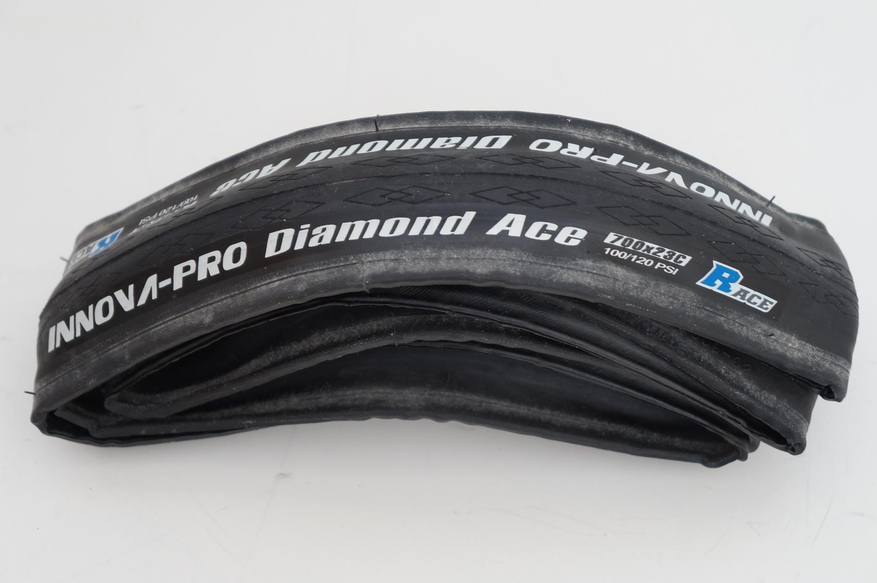 Pneu Innova Pro Diamond Ace 700x23 em Kevlar para Speed Preto