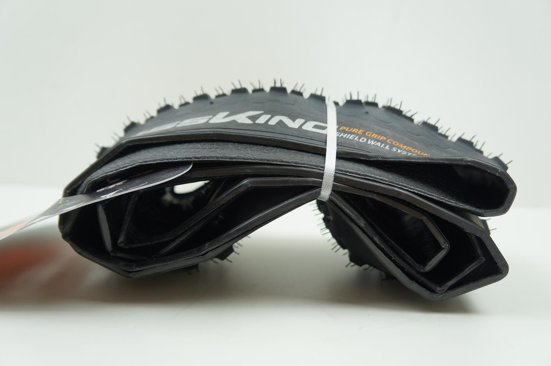 Pneu MTB Continental Cross King Pure Grip 27,5 2.2 Tubeless Kevlar Preto