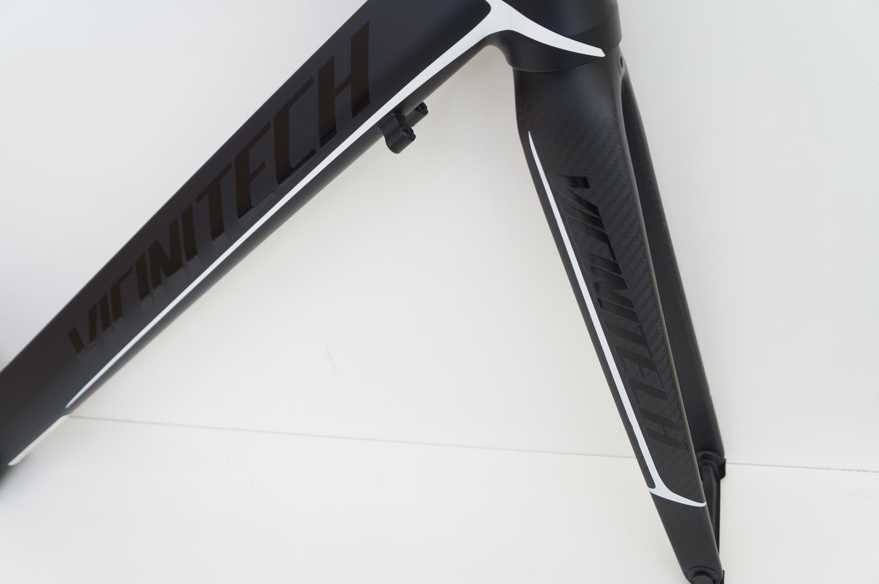 Quadro Bicicleta Speed Vicinitech Roubaix em Aluminio Garfo Carbono Aro 700