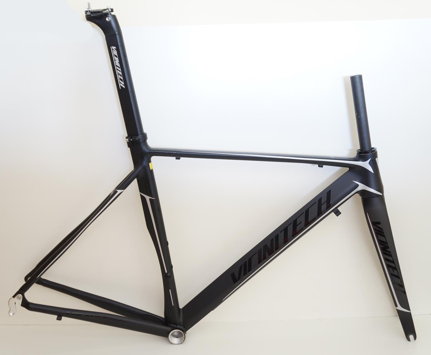 Quadro Speed Vicinitech Roubaix Preto Fosco com Prata em Aluminio Garfo Carbono