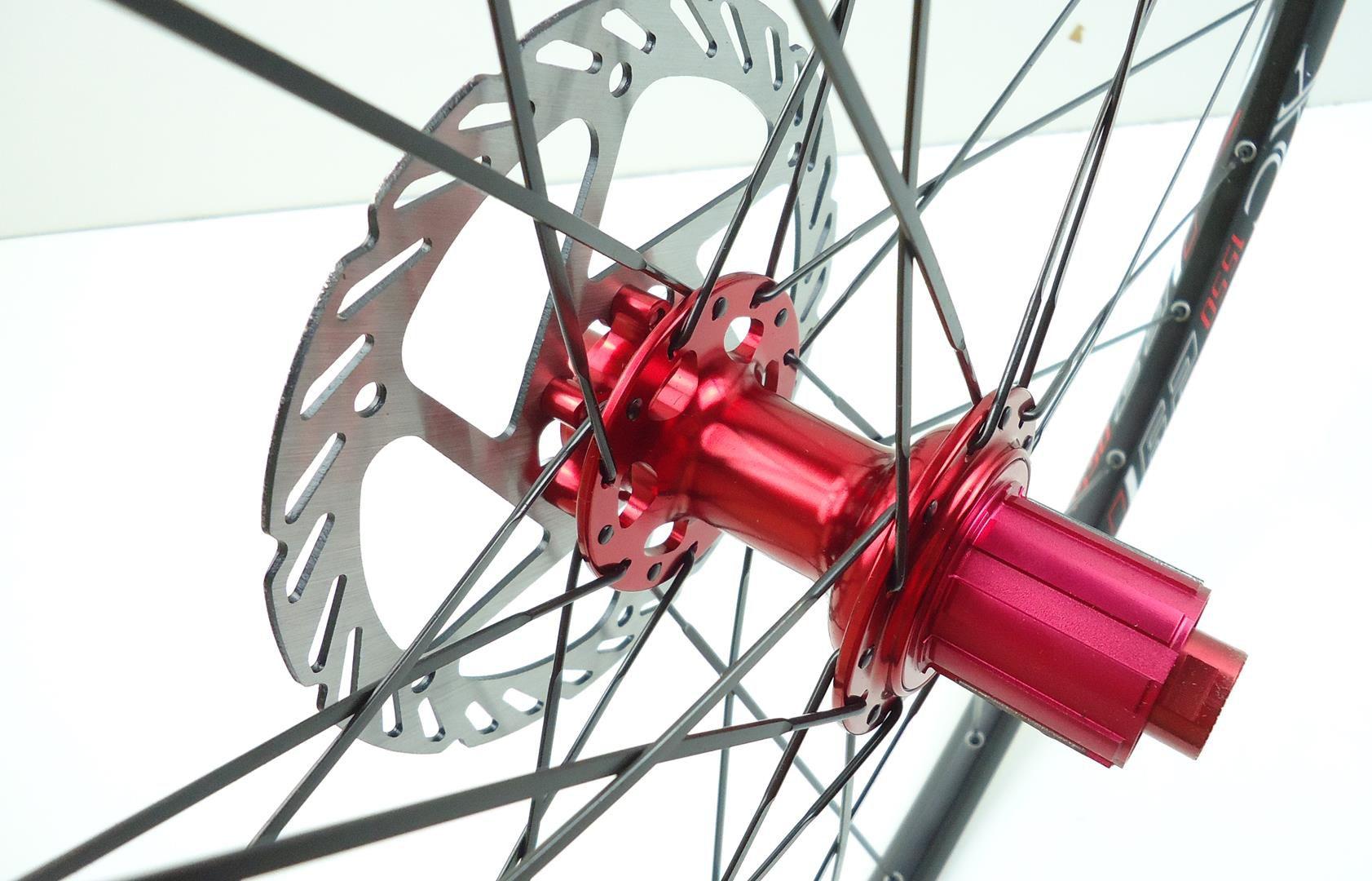 Rodas MTB Vicinitech 1550 Disc Aro 29 Alumino Preta com Cubo Vermelho Com Discos