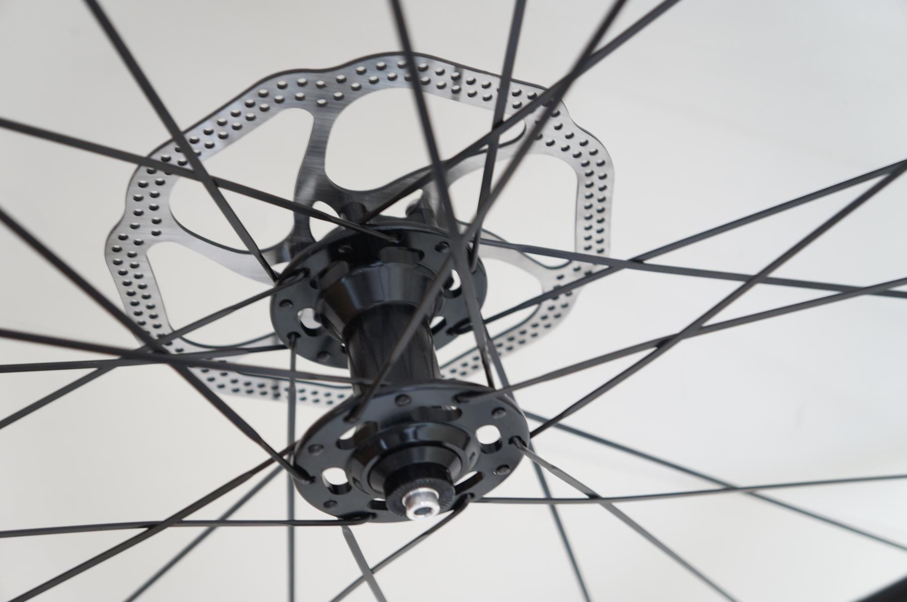 Rodas Vicinitech Xc 1550 Disc Aro 29 Alumino Eixo 9 Preta com Cubo Preto