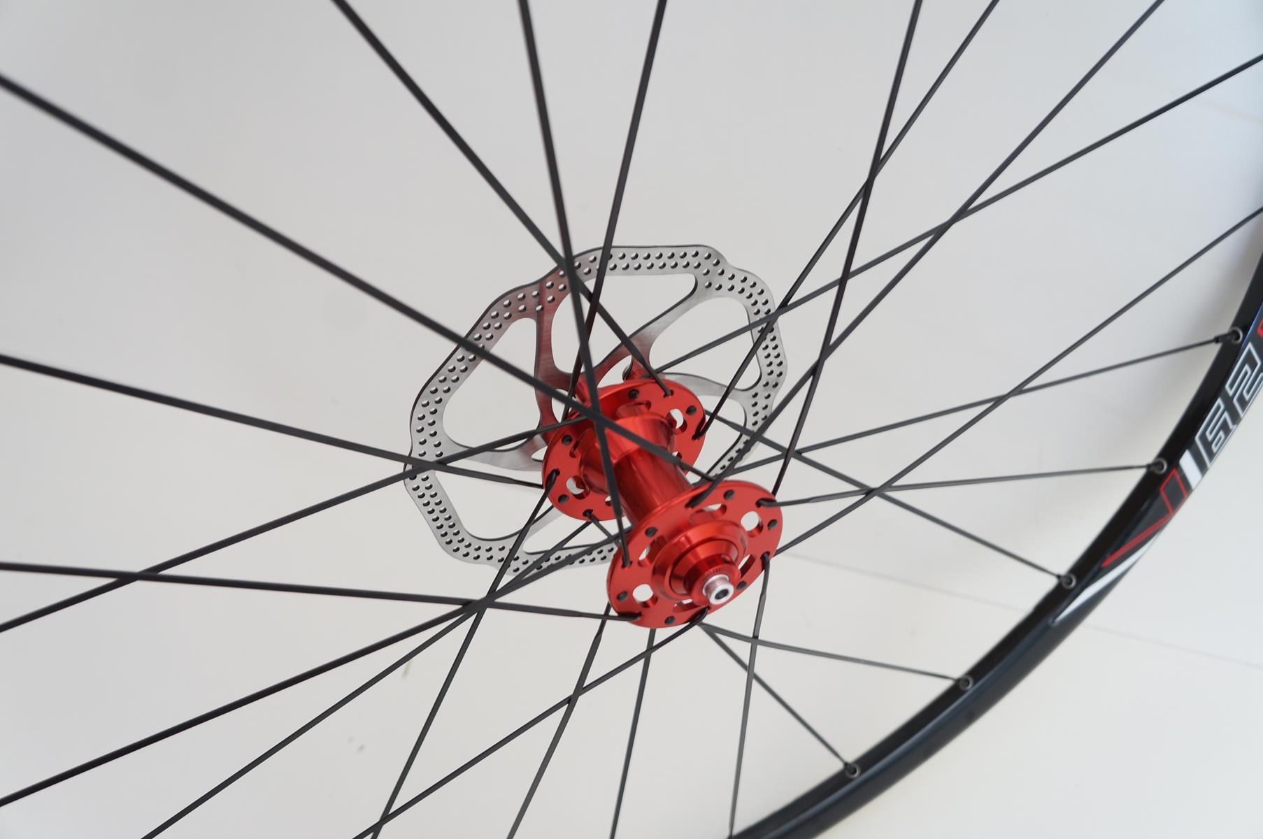 Rodas Vicinitech Xc 1550 Disc Aro 29 Alumino Eixo 9 Preta com Cubo Vermelho