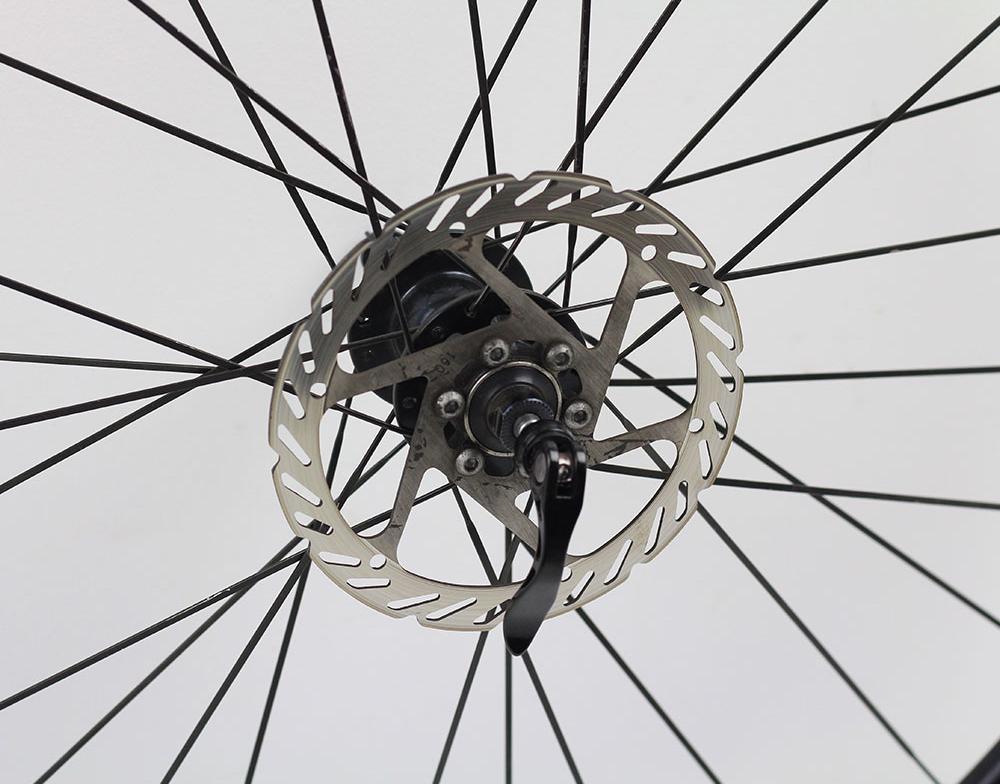 Rodas Vicinitech XM 1800 Disc Aro 29 Alumino Eixo 9 Preta com Cubo Preto + Discos - USADO
