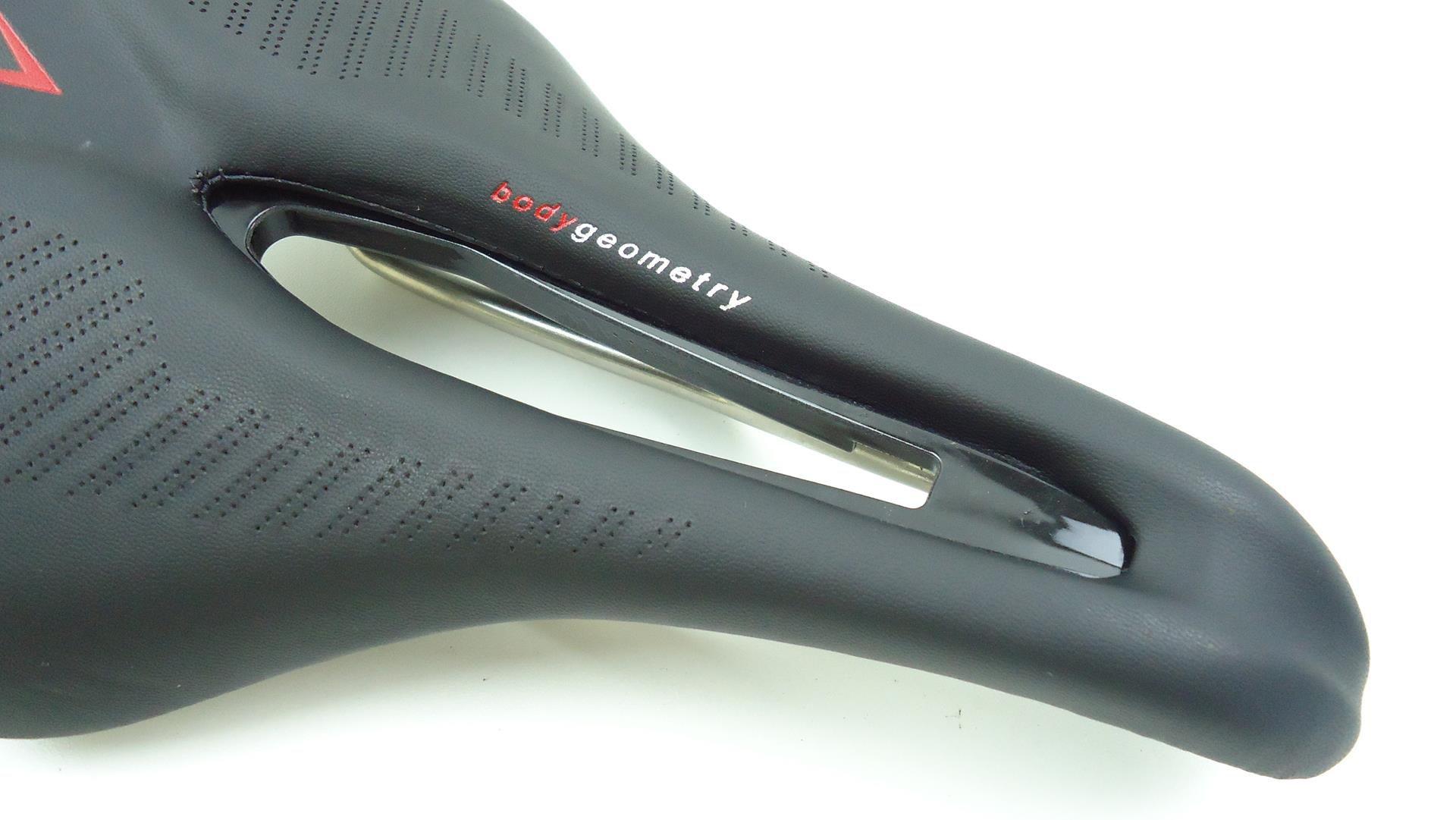 Selim Bicicleta Argon Power Cor Preto para Speed ou Mtb 160mm