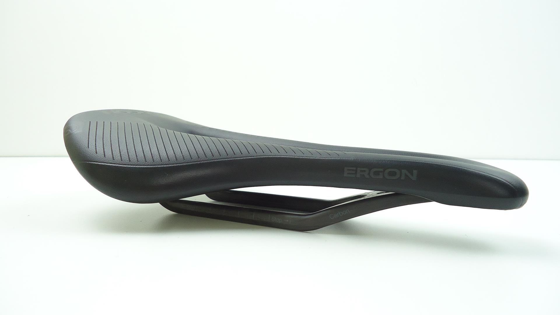 Selim Bicicleta Ergon SR Men Pro Com Trilhos em Carbono 155mm Largura Preto - USADO