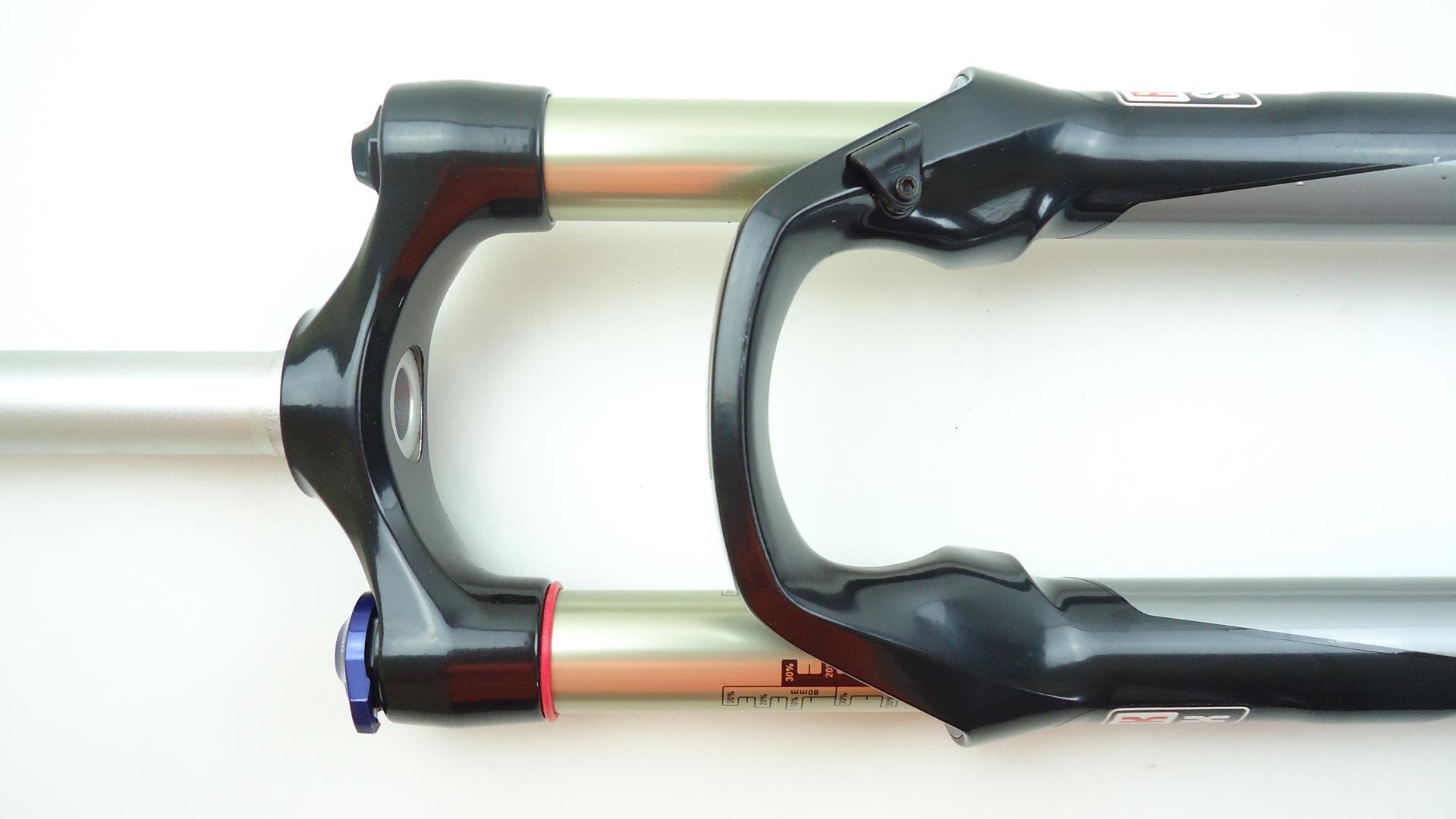 Suspensão Rock Shox Reba RL 29er 100mm Espiga Reta Eixo 9mm Solo Air