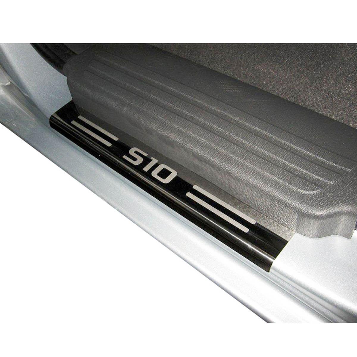 Protetor de Soleira Aço Inox Nova S10 Cabine Dupla 2012 em diante