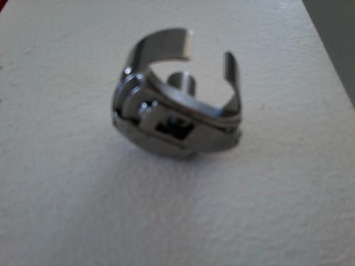 Caixa de Bobina para PR600 - PR650 - PR1000 - Janome MB-4