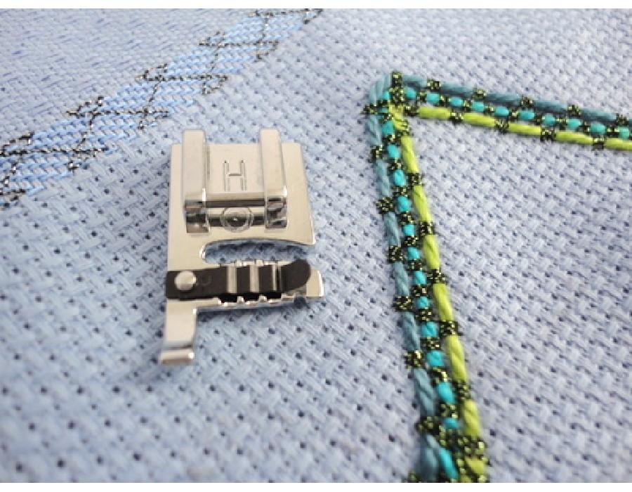Calcador para aplicar 3 cordões
