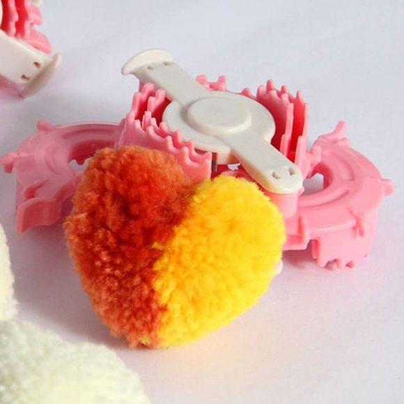 Kit Faz Pom Pom em formato Coração