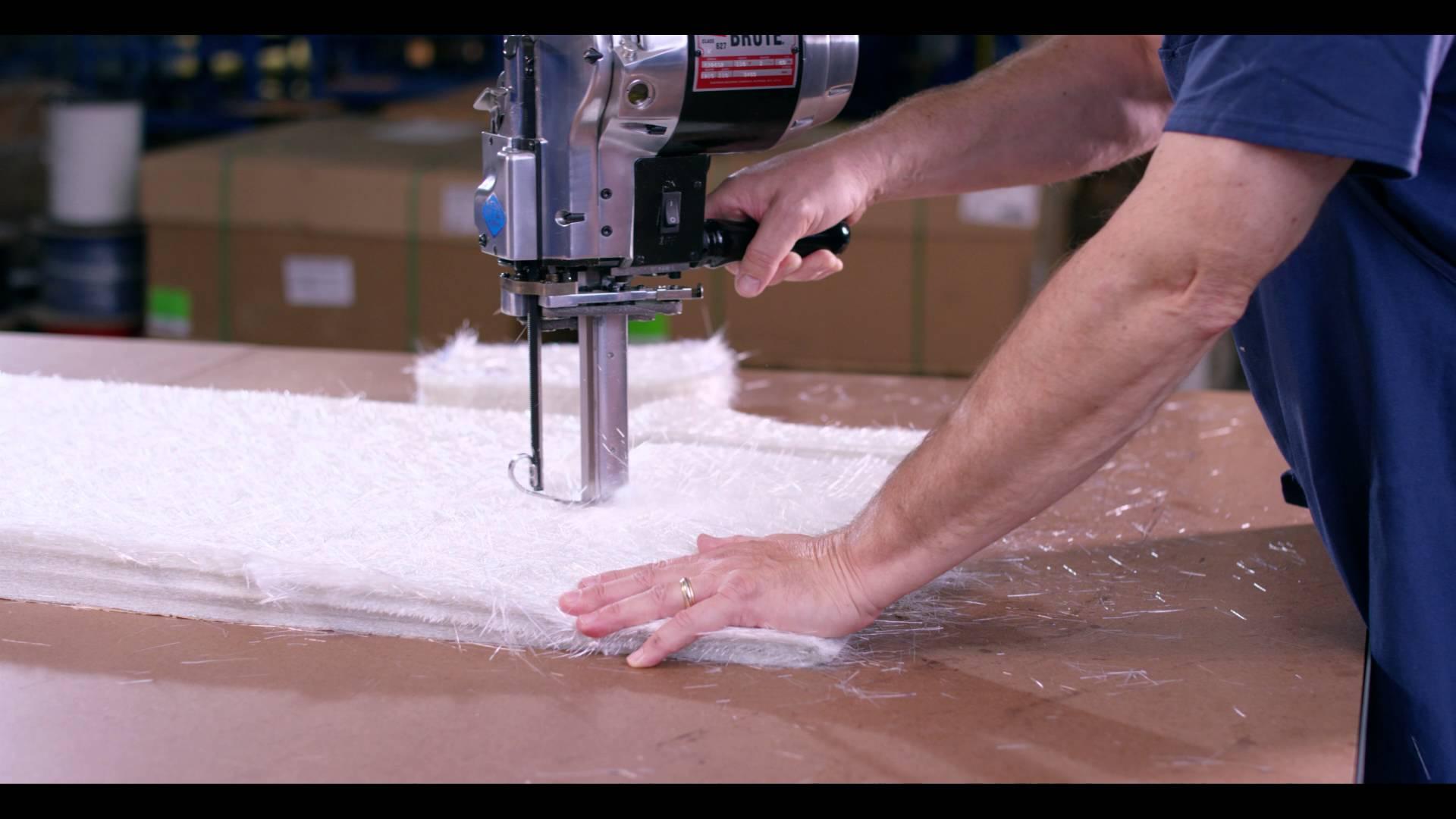 Máquina de Cortar Tecidos - Faca