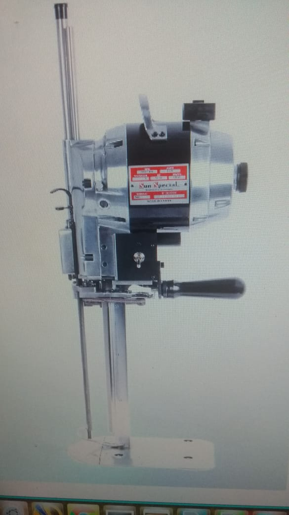 Máquina de Cortar Tecidos Faca de 12