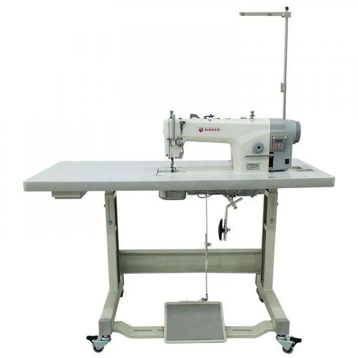 Máquina de Costura Industrial Reta SINGER com Motor Direct Drive