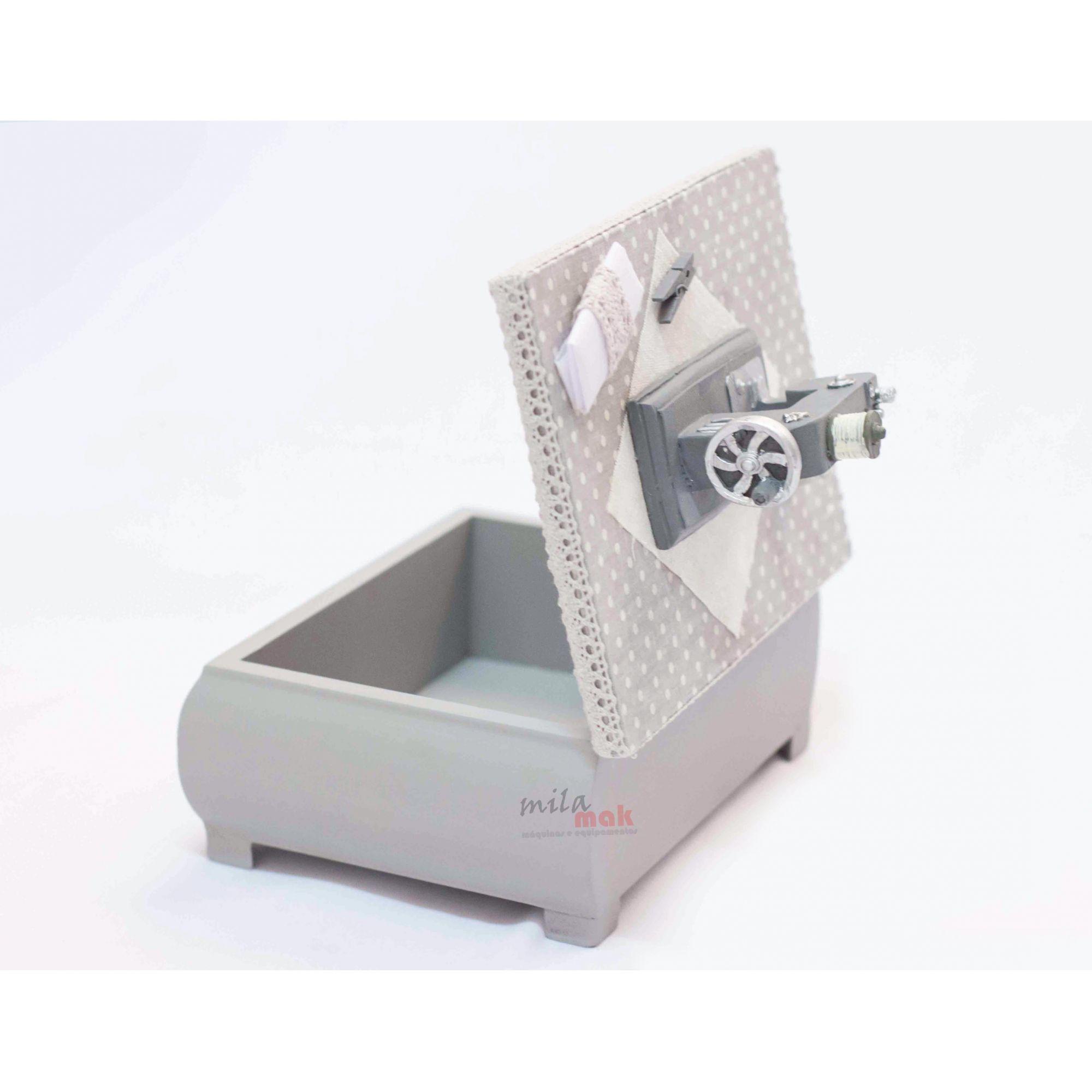 Mini Máquina De Costura Decorativa e porta objeto - acabamento na cor cinza