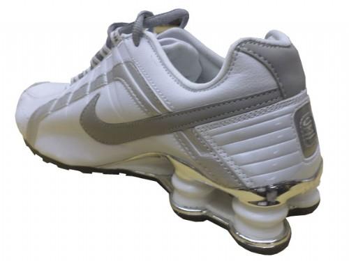 Nike Shox Junior Branco e Prata  - ACKIMPORTS