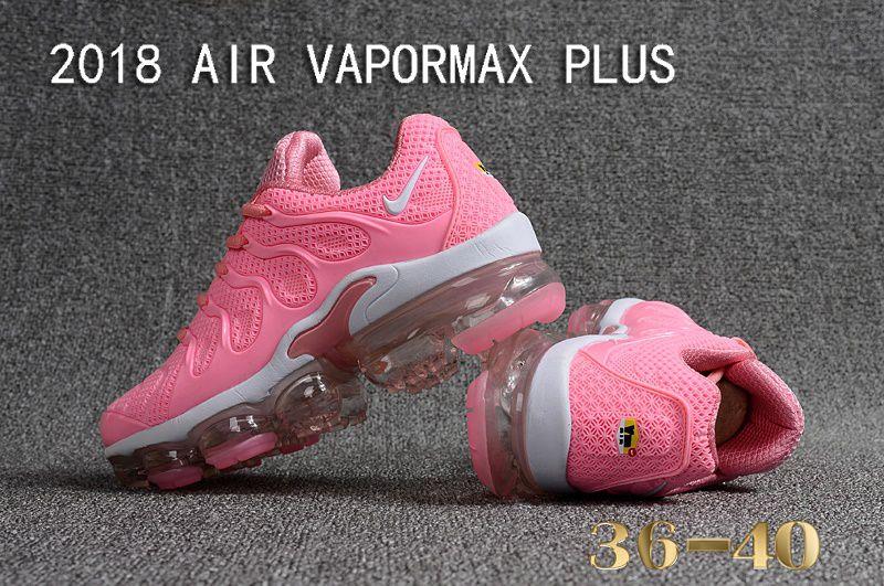 5412eb19b1c06 ... new zealand tÊnis nike air vapormax plus feminino rosa claro e branco  ackimports 8d8e7 f5bfe