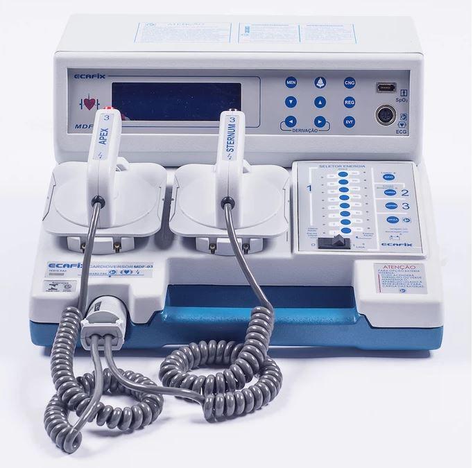 Cardioversor com monitor de ECG + impressora e bateria recarregável