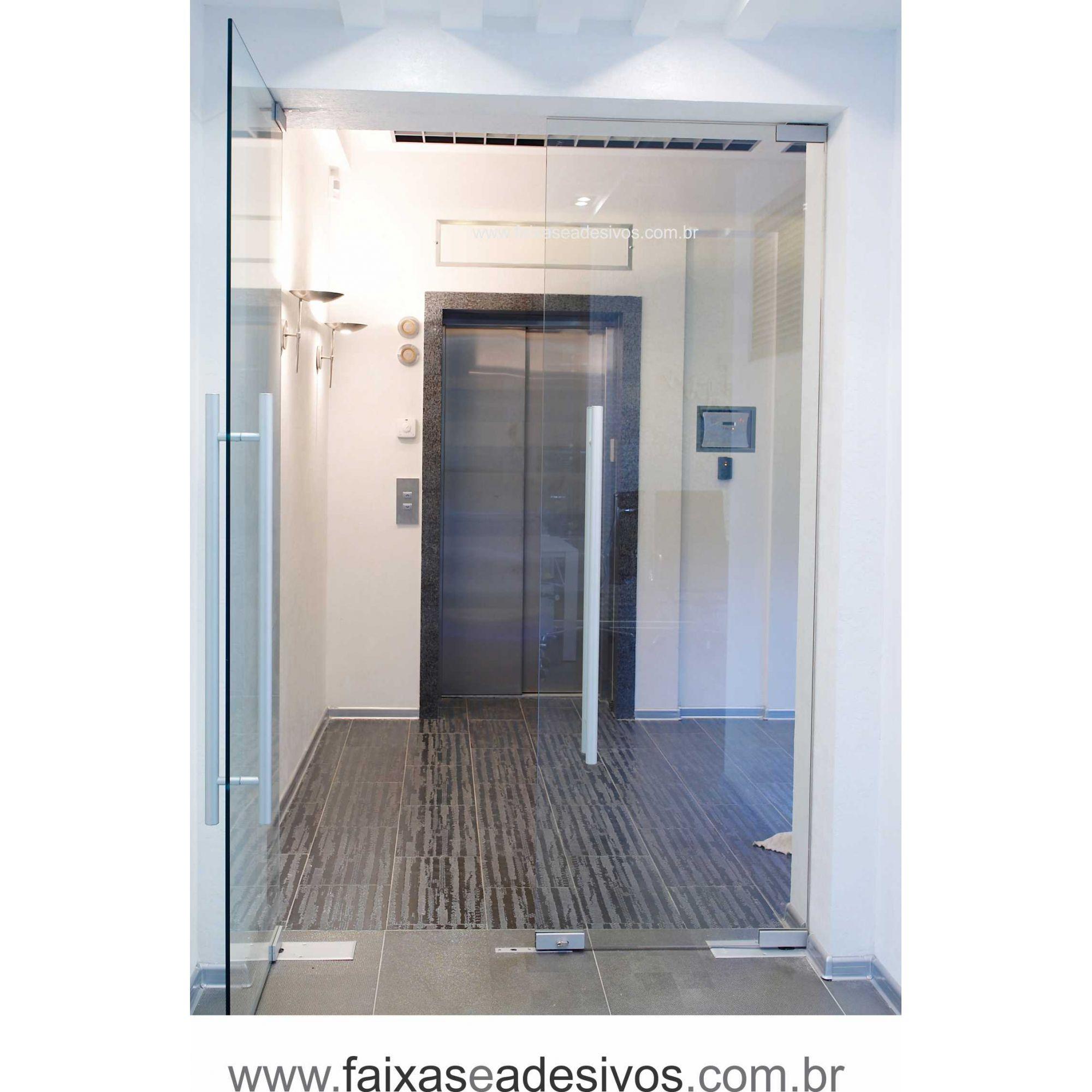 056 VD - Adesivo Jateado para vidro Ladrilho pequeno 220x70cm  - Fac Signs