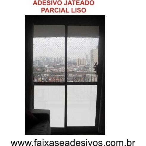 107 - ADESIVO JATEADO para porta balcão - 100x70cm liso - Kit 2 peças  - FAC Signs Impressão Digital