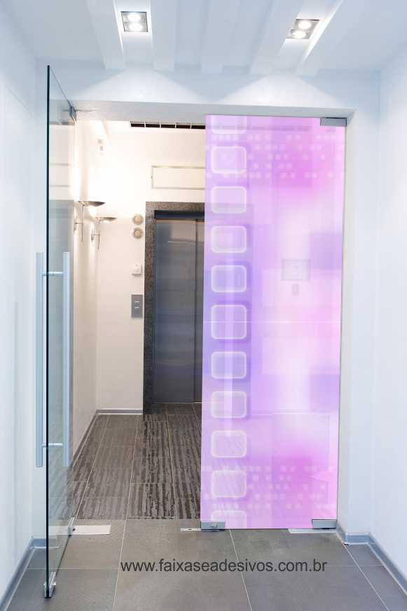 086 VD - Adesivo Jateado impresso para vidro Lilás 230x70cm  - Fac Signs