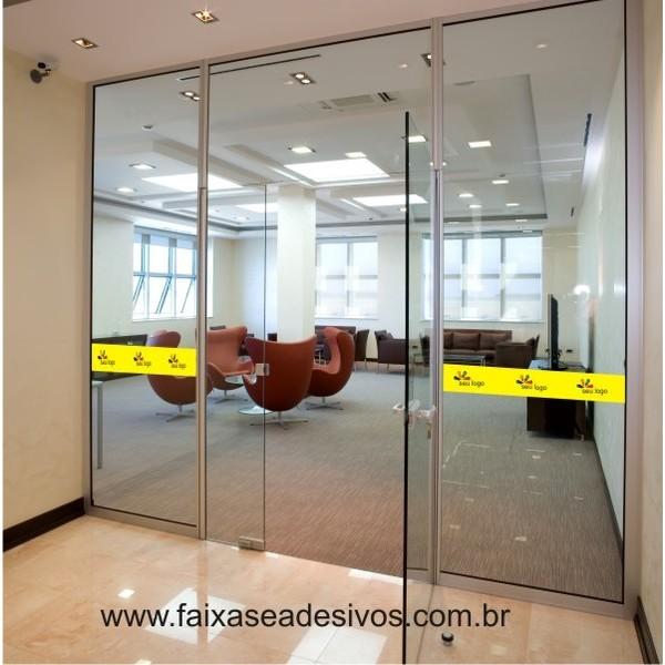 Faixa para vidro adesivo 100x10cm fundo cor  - FAC Signs Impressão Digital