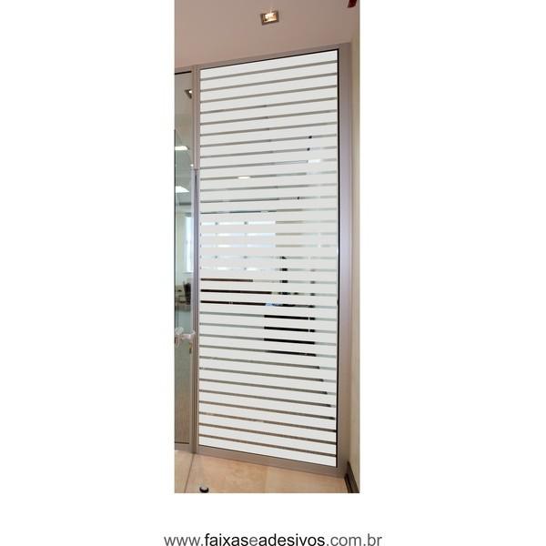 110 - Adesivo jateado para vidros 220x80cm estilo persiana - tiras de 5cm e vão de 1cm  - FAC Signs Impressão Digital