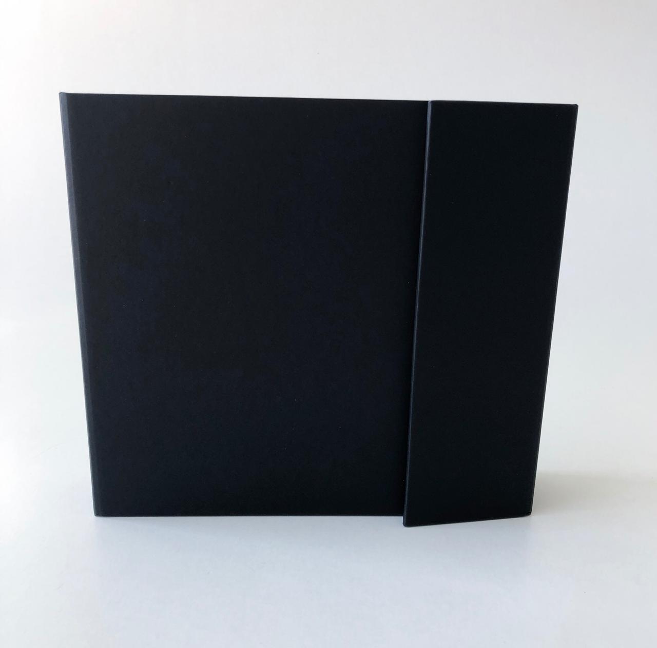 Álbum com Caixa Preto - JuJu Scrapbook  - JuJu Scrapbook