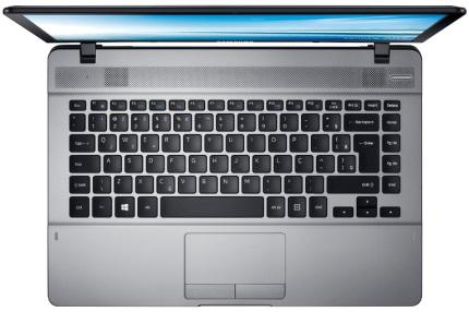 Notebook Essentials NP370E4K-KWSBR Preto Intel® Pentium® 3825U 4Gb HD 500Gb Tela 14 Win 10 - Samsung
